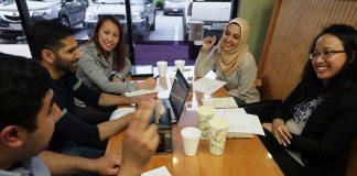 Adab Bergaul Dengan Lawan Jenis Untuk Wanita Muslimah