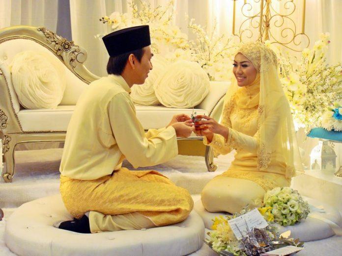 Beberapa Faedah Dari Menikah Muda