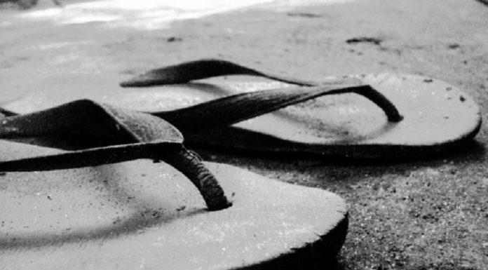 Mahar Sepasang Sandal
