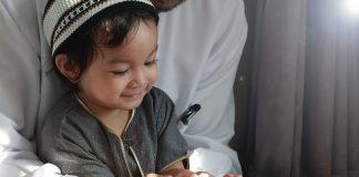 Doa Orang Tua Berikan Kemudahan Rezeki