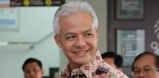 Ganjar Pranowo Dengarkan Kisah Orang-Orang Jujur