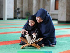 Hari Keluarga Nasional dan Menanamkan Nilai Agama Dalam Keluarga