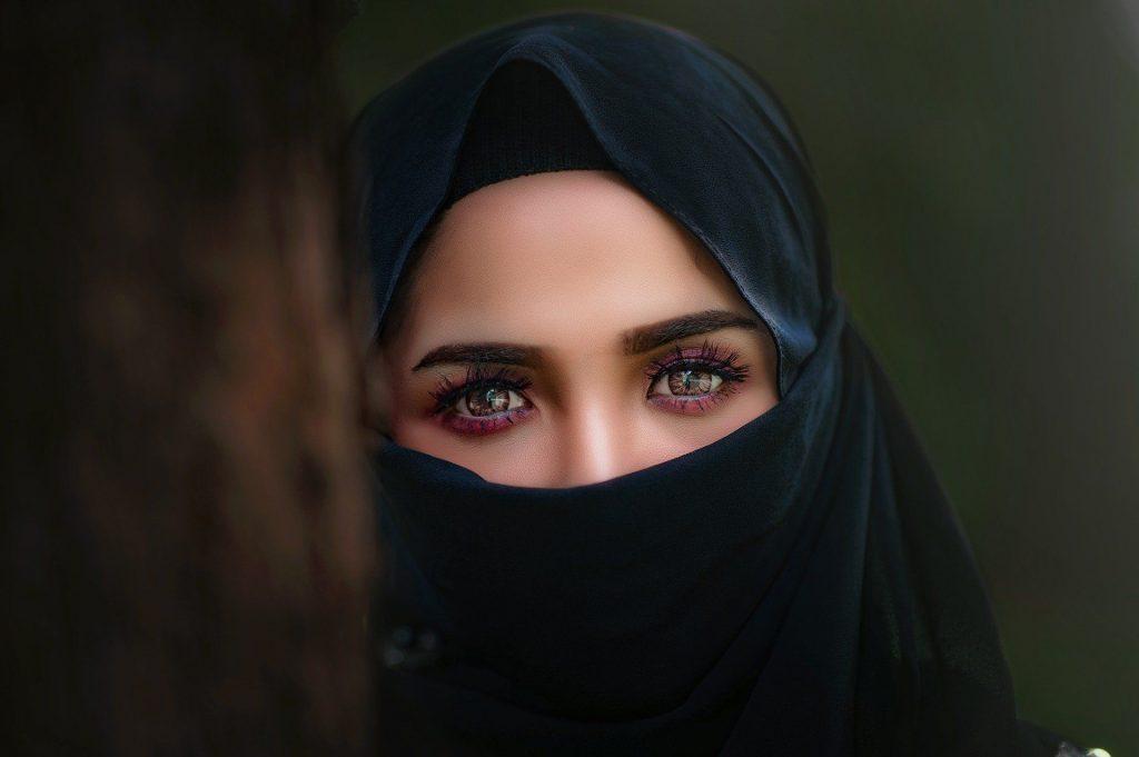 Heboh Puluhan Wanita 3
