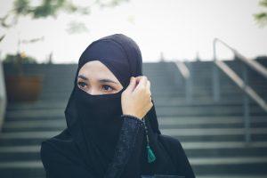 Hukum Itikaf Bagi Wanita dan Syaratnya