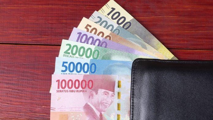 Istri Ambil Uang Suami Tanpa Izin dan Hukumnya