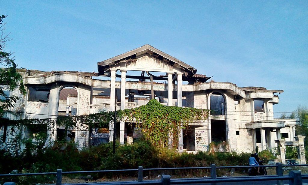 Isu Rumah Hantu Darmo 1