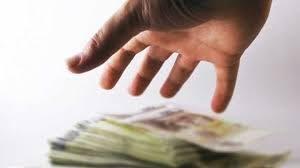 Karyawati Bank di Tegal Gelapkan Dana Nasabah dan Ini Bahayanya Menurut Islam