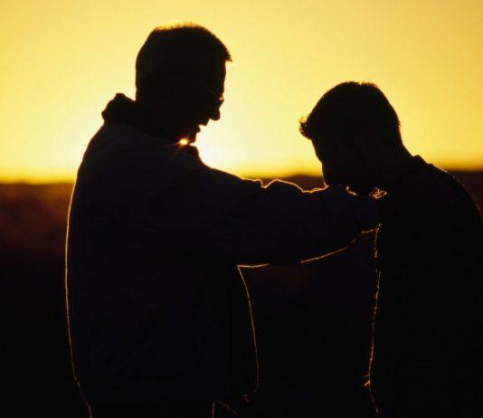 Kewajiban Berbakti Kepada Kedua Orang Tua