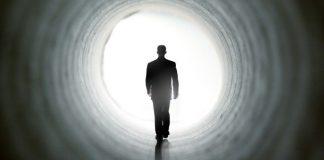 Dunia dan Akhirat Paradoks Kehidupan Kita