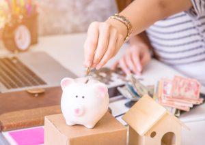 Menabung Persiapkan Keuangan Masa Depan