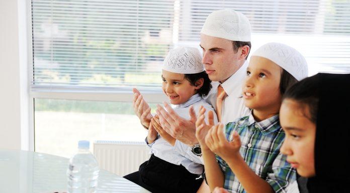 Tips Sayang Anak: Mengajari Anak Berpuasa Ramadhan
