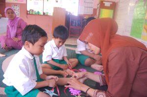 Program Beasiswa Bagi Guru dan Begini Menurut Islam