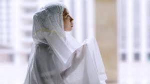 Sholat Tarawih di Rumah Lebih Baik Bagi Wanita