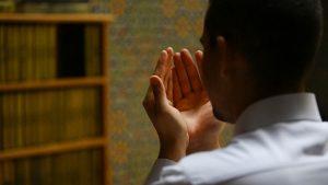 Suami Nikita Willy Bos Blue Bird dan Kaya Yang Sesungguhnya Menurut Islam
