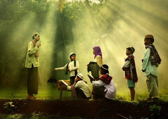 Tanamkan Agama Sejak Kecil