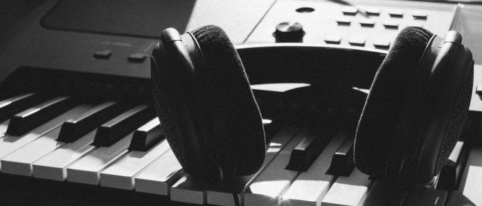 Tempat Karaoke dan Hukumnya Karaoke Dalam Pandangan Islam