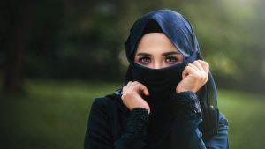 Tindakan Sarah Keihl Menyimpang Dari Cerminan Islam Tentang Wanita Untuk Pandai Menutup Aurat