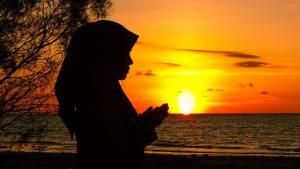 Tindakan Sarah Keihl Tidak Dibenarkan dan Islam Memuliakan Serta Menjaga Wanita