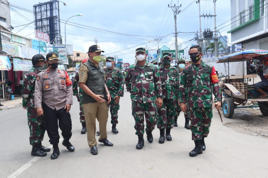 Viral Polisi Keroyok Prajurit TNI