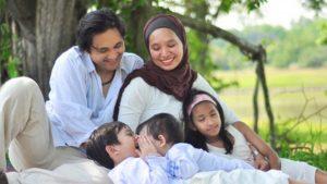 Zaskia Sungkar dan Irwansyah Bentuk Keluarga Bahagia