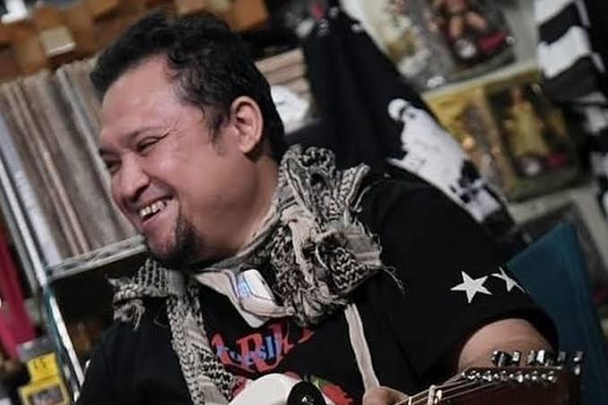 gitaris Aria baron