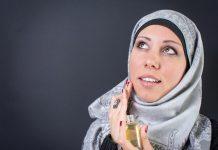 Usut Tuntas Hukum Memakai Parfum bagi Wanita Muslim!
