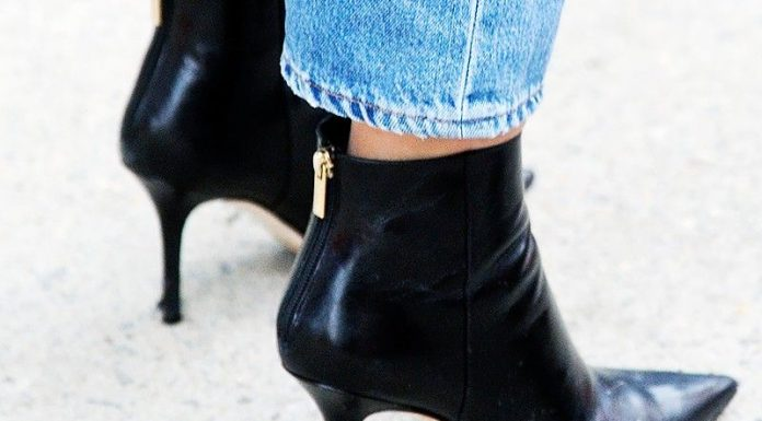 memakai sepatu high heels haram?