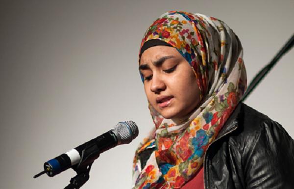 Bagaimana Pandangan Islam tentang Syair dan Puisi?